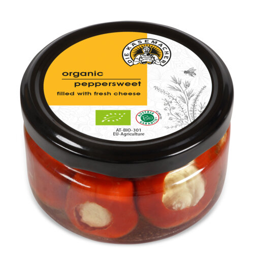 Organic peppersweet filled with fresh cheese