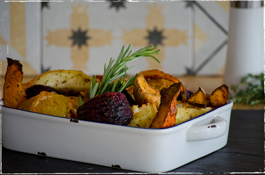 Medley of oven-roasted vegetables with sheep´s milk cheese and rosemary
