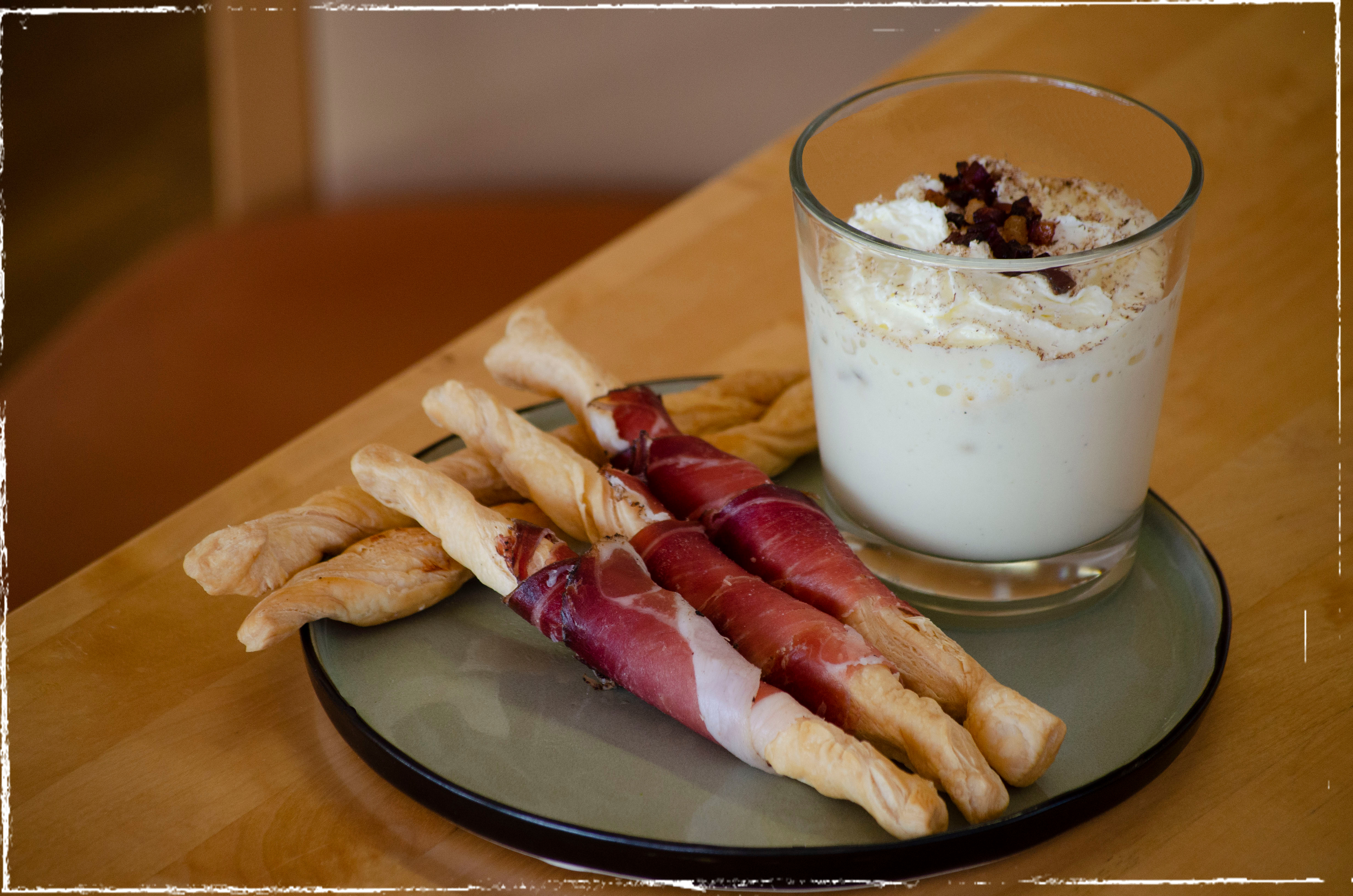 Cappuccino of Waldviertler potatoes with crispy ham batons