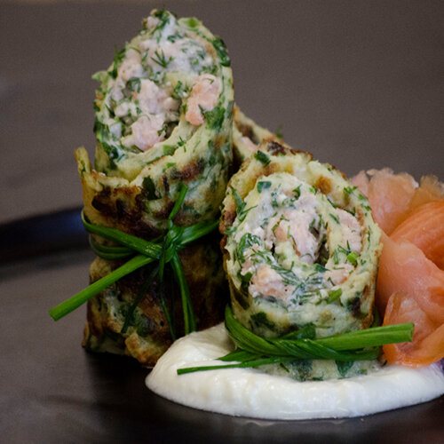Smoked salmon crêpes with wild garlic