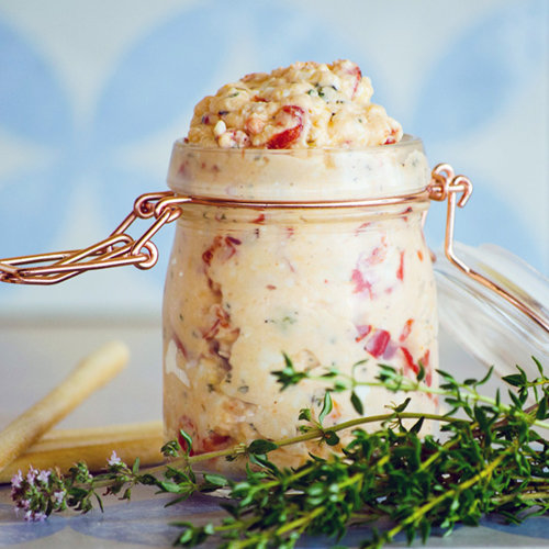 Pepper and sheep´s milk cheese spread